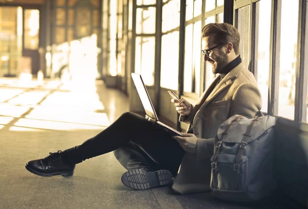 gambar orang melihat peluang usaha baru paling hits 2019