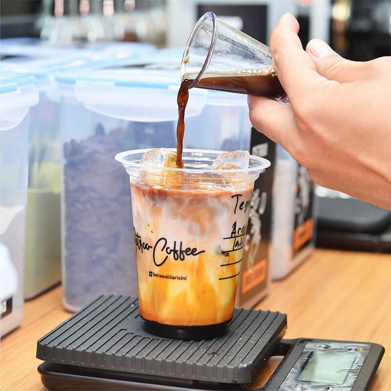 Waralaba Minuman Kekinian Cetroo Coffee Kopi Susu Janji Jiwa Soe Kenangan Lain Hati Kong Dji Tuku